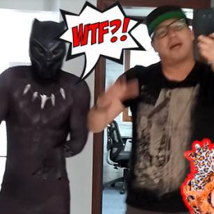Carloncho le enseñó a bailar a Black Panther una canción de la Tigresa de la Oriente