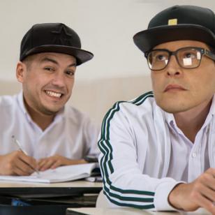 Renzo y Carloncho recordaron sus tiempos de colegio