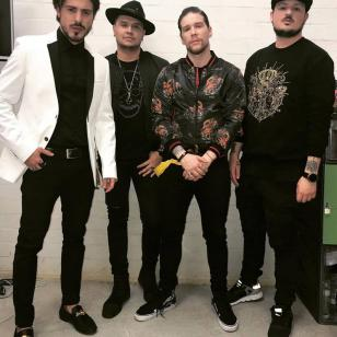Piso 21 noticias canciones fotos y videos artistas for Piso 21 integrantes