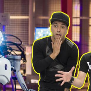 YouBot, el primer robot youtuber, irrumpió en 'El Show de Carloncho' y se armó una bronca
