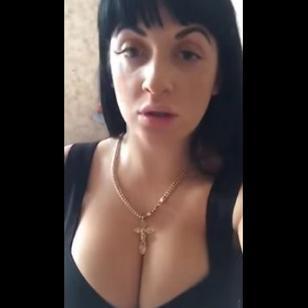 Fue sacada de la Policía y protestó con este peculiar video